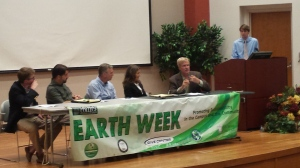 Panelists join Mr. Ferguson at the 2015 CGIF Symposium for a question and answer session on environmentalism in the current era.